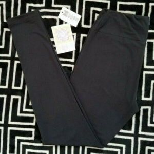 NWT LuLaRoe OS Solid Black Leggings Buttery Soft